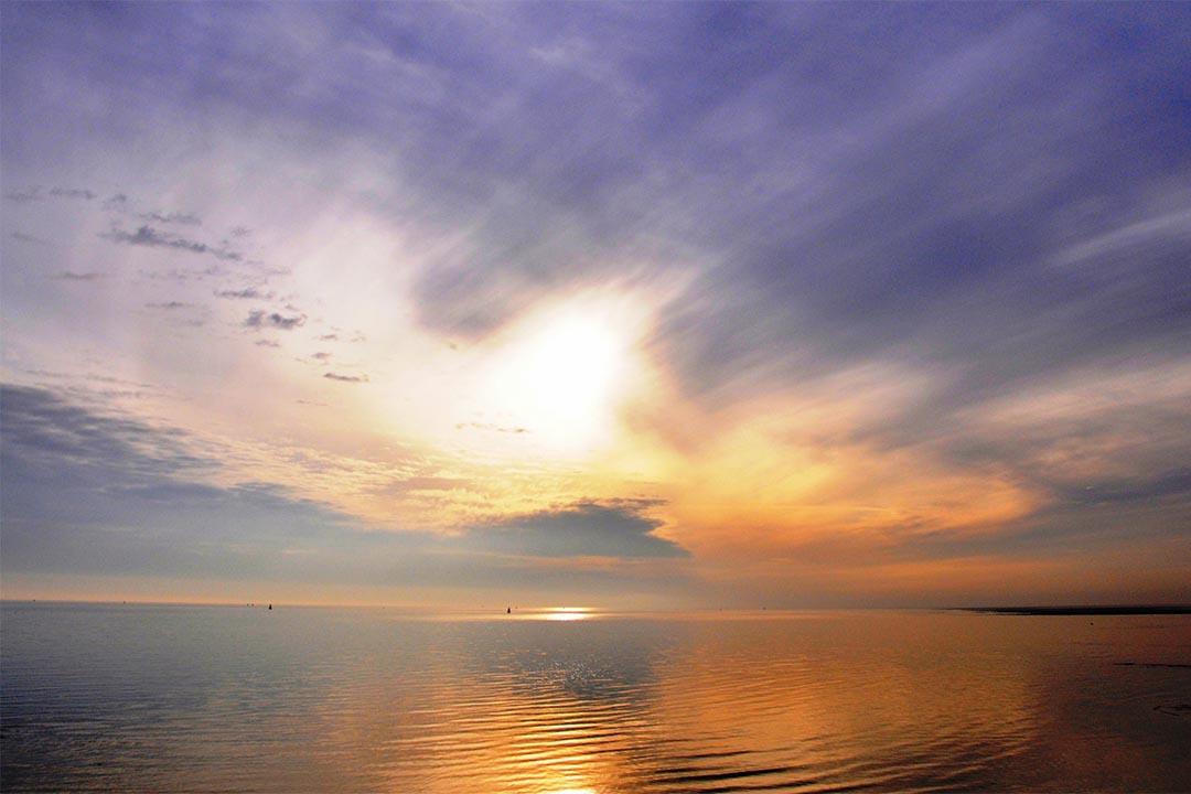 Bijzondere lucht boven de waddenzee